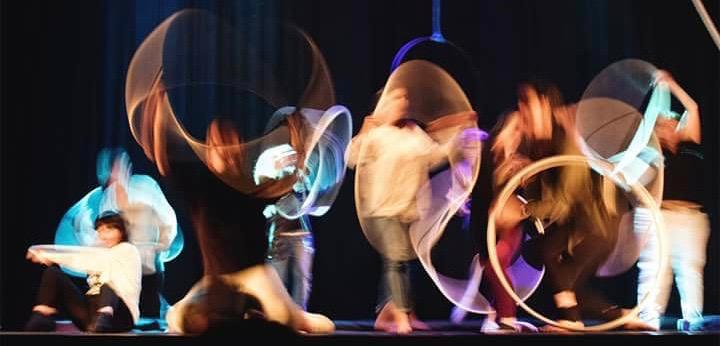 danza aerea Ancona Recanati Marche Aria di Circo