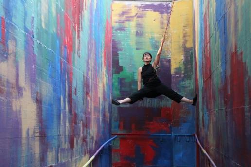 Aria di Circo performance A Place For Everyone nel sottopasso di Vallemiano ad Ancona